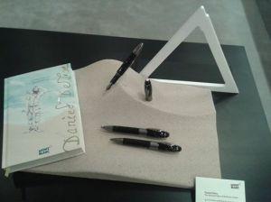 Defoe pen 2