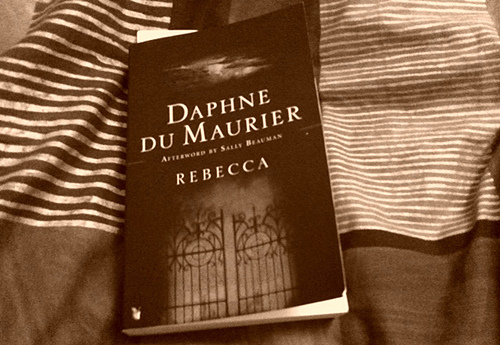 an analysis of the good and the bad characters in rebecca by daphne du maurier