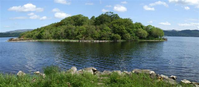 the lake isle of innisfree by In william butler yeats poem 'the lake isle of innisfree,' the author presents an idyllic setting in this lesson, we will both summarize and.